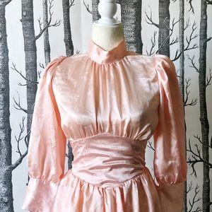//VINTAGE// Pink Silk Party Dress